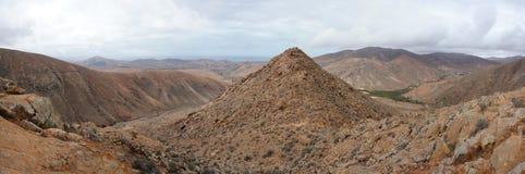Panorama van vulkanische heuvels, Fuerteventura Royalty-vrije Stock Fotografie