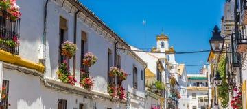 Panorama van witte en gele huizen in Cordoba royalty-vrije stock afbeelding
