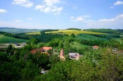 Panorama verde del villaggio Fotografie Stock Libere da Diritti