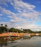 Panorama vertical de barcos de pesca coloridos de Bali Fotografia de Stock