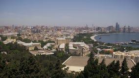 Panorama- Vew från ovannämnt till staden av Baku, Azerbajdzjan arkivfilmer