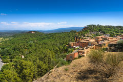 Panorama view of Luberon natural park from Roussillon village, F Stock Image