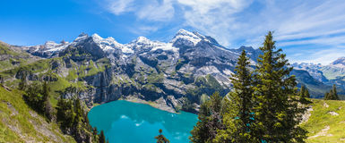 Panorama view of Oeschinensee (Oeschinen lake) on bernese oberla Royalty Free Stock Photography