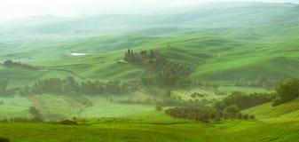 Panorama Vista del Orcia River Valley fotos de archivo libres de regalías