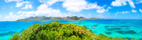 Panorama, vista panorámica enorme de la isla caribeña de Providencia de Foto de archivo libre de regalías
