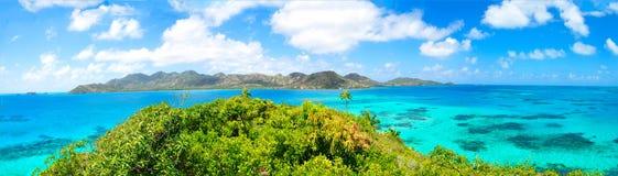 Panorama, vista panoramica enorme dell'isola dei Caraibi di Providencia di Fotografia Stock Libera da Diritti