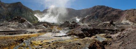 Panorama volcánico de la tierra Fotos de archivo libres de regalías