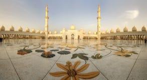 Panorama von Abu Dhabi Moschee Stockfoto