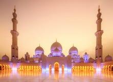 Panorama von Abu Dhabi Moschee Stockbild