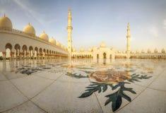 Panorama von Abu Dhabi Moschee Lizenzfreie Stockfotos