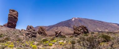 Panorama von Berg Teide und GarcÃa-` s Felsen, Nationalpark Teide, Teneriffa, Kanarische Inseln, Spanien lizenzfreie stockfotos