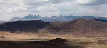 Panorama von Berglandschaft in Ngari-Präfektur, Tibet Lizenzfreies Stockfoto