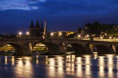 Panorama von Blois nachts Lizenzfreie Stockfotografie