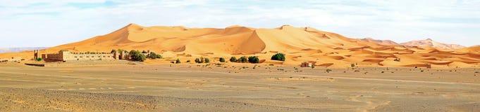 Panorama von der Erg Chebbi-Wüste in Marokko stockbild
