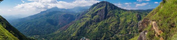 Panorama von Ella Peak Mountain in Sri Lanka lizenzfreies stockbild
