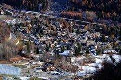 Panorama von Entreves-Dorf in Courmayeur Stockfotografie