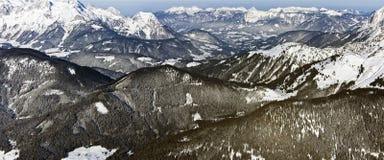Panorama von europäischen Alpen im Winter Lizenzfreie Stockfotografie
