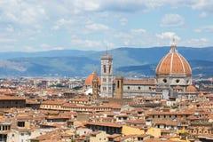 Panorama von Florenz und Heilige Maria der Blume in Florenz Stockbild