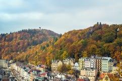 Panorama von Karlovy Vary, Tschechische Republik Stockfotos