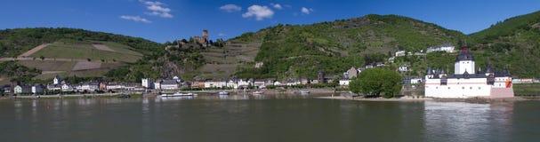 Panorama von Kaub lizenzfreie stockbilder