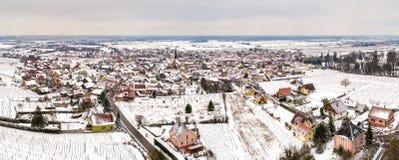Panorama von Kintzheim, ein Dorf in Bas-Rhin - Frankreich lizenzfreies stockbild
