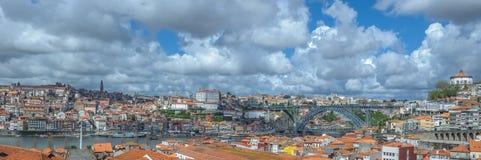 Panorama von Porto mit Brücke Luis I, Portugal Lizenzfreies Stockbild