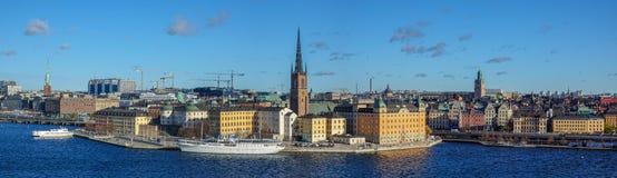 Panorama von Riddarholmen und die alte Stadt von Stockholm, Schweden stockfotografie