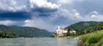 Panorama von Schonbuhel-Schloss, Wachau-Tal, Österreich Lizenzfreies Stockfoto