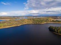 Panorama von Seen und von Wäldern von Karelien Lizenzfreie Stockfotos