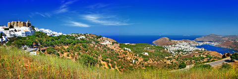 Panorama von szenischer Patmos-Insel. lizenzfreies stockbild