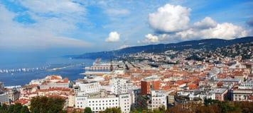Panorama von Triest-Stadt, Italien stockbilder