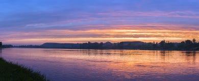 Panorama von Weichsel während des Sonnenuntergangs Stockfotografie