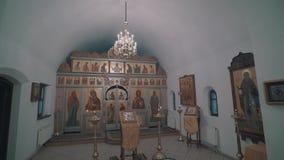 Panorama wewnętrzna część Ortodoksalna kaplica Widoczny iconostasis i ikony na ścianach zbiory