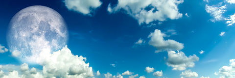 Panorama white Cloud blur sky super moon in morning Royalty Free Stock Photography
