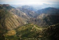 Panorama widok Adi Alauti jar w Erytrejskich średniogórzach, Qohaito, Erytrea zdjęcia stock