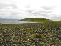 Panorama widok denny brzeg z kamieniami Fotografia Royalty Free