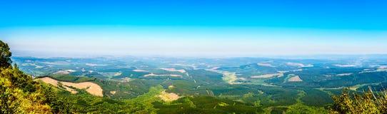 Panorama widok od bóg ` s okno nad lowveld wzdłuż panoramy trasy w Mpumalanga prowinci zdjęcia royalty free