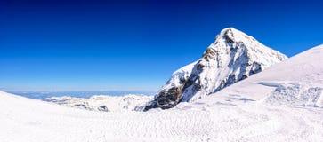 Panorama widok piękny Śnieżny Alps widok górski od Jungfrau Obraz Stock