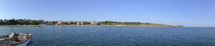 Panorama widoku ot Czarny Denny wybrzeże blisko Chernomorets, Bułgaria Obrazy Royalty Free