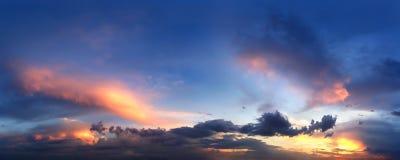 Panorama wieczór zmierzchu niebo Zdjęcie Royalty Free