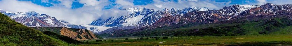 Panorama wizerunek Alaski pasmo zdjęcie royalty free