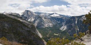 Panorama Yosemite Valley. Panorama view of Yosemite Valley in July Royalty Free Stock Photos