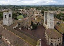 Panorama z krajobrazem San Gimignano, Sant ` Agostino kościół, Obraz Stock