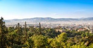 Panorama z widokiem nad Ateny od wzgórza Zdjęcia Stock