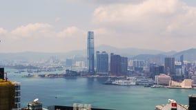 Panorama-Zeitspanne China Hong Kong-Skyline städtische Runde metallische Knöpfe stock video footage