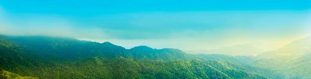 Panorama Zielona Halna dolina w Tajlandia Zdjęcie Royalty Free