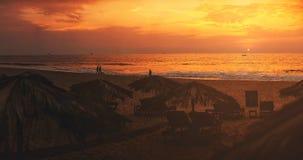 Panorama, zmierzch na plaży, holów krzesła, India, Goa obraz stock