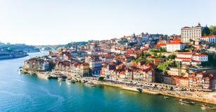 Panoramaansicht über den Duero-Fluss, Porto, Portugal Stockfotos