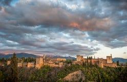 Panoramaansicht des Alhambra-Palastes, Granada, Spanien lizenzfreie stockfotografie