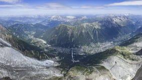 Panoramaansicht von Aiguille du Midi auf Chamonix Lizenzfreies Stockfoto